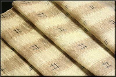 画像2: ■素朴な ベージュに薄茶色 夏物 正絹 紬■