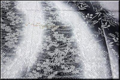画像2: ■濃淡ボカシ 金彩銀彩加工 地紋 粋で豪華な 訪問着■