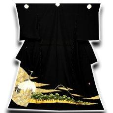 画像1: ■作家物 落款入り 丹頂鶴 浜ちりめん 金彩加工 最高級 黒留袖■ (1)
