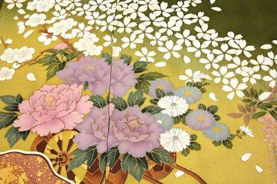 画像2: (訳ありアウトレット品)■「高橋かおり-KAORI TAKAHASHI」 桜に藤柄 ボカシ 金駒刺繍 金彩加工 正絹 訪問着■