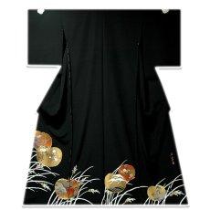 画像1: ■手縫いお仕立て付き! 「作家物 落款」金駒刺繍 縁起文様 黒留袖■ (1)