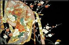 画像4: ■手縫いお仕立て付き! 豪華 金駒刺繍 几帳に御所車 扇面 正絹 黒留袖■ (4)