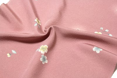 画像3: ■桜ボカシ染め 上品な 高級ちりめん生地使用 オシャレ 正絹 小紋■