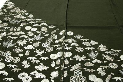 画像1: ■【訳あり】「中国伝統工芸:蘇州刺繍」 銀彩加工 宝尽くし 正絹 色留袖■