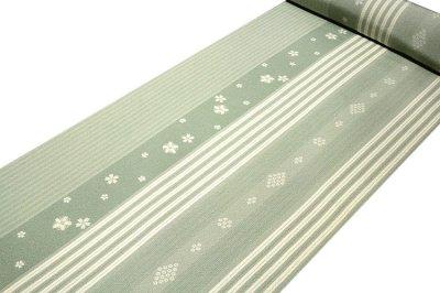 画像1: ■「高級ちりめん使用」 単衣にもおすすめ 粋な縞柄 桜模様 反物 正絹 小紋■