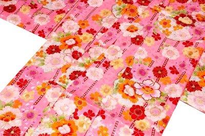 画像2: ■可愛らしいピンク色系 花模様 煌びやかな金彩加工 地模様 女児七才 四ッ身 七五三 着物■