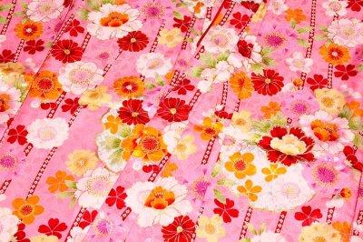 画像3: ■可愛らしいピンク色系 花模様 煌びやかな金彩加工 地模様 女児七才 四ッ身 七五三 着物■