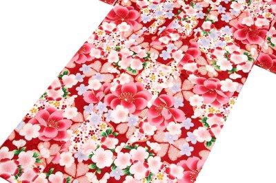 画像2: ■美しい桜柄 赤色系 花模様 煌びやかな金彩加工 地模様 女児七才〜十才 四ッ身 七五三 着物■
