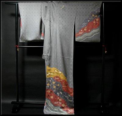 画像1: ■手縫い仕立て付き 絞り染め 染め分けボカシ グレー地 訪問着■