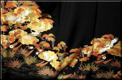 画像2: ■手縫いお仕立て付き! 豪華な金彩加工 吉祥文様 黒留袖■