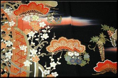 画像2: ■手縫いお仕立て付き! 典麗らでん 金彩加工 黒留袖■