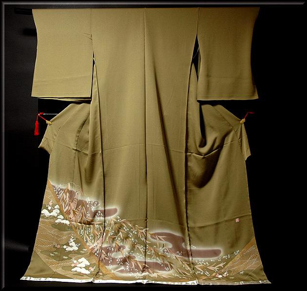 画像1: ■手縫いお仕立て付き! 螺鈿作家 「亀谷清華」作 創作 煌彩 落款 色留袖■ (1)